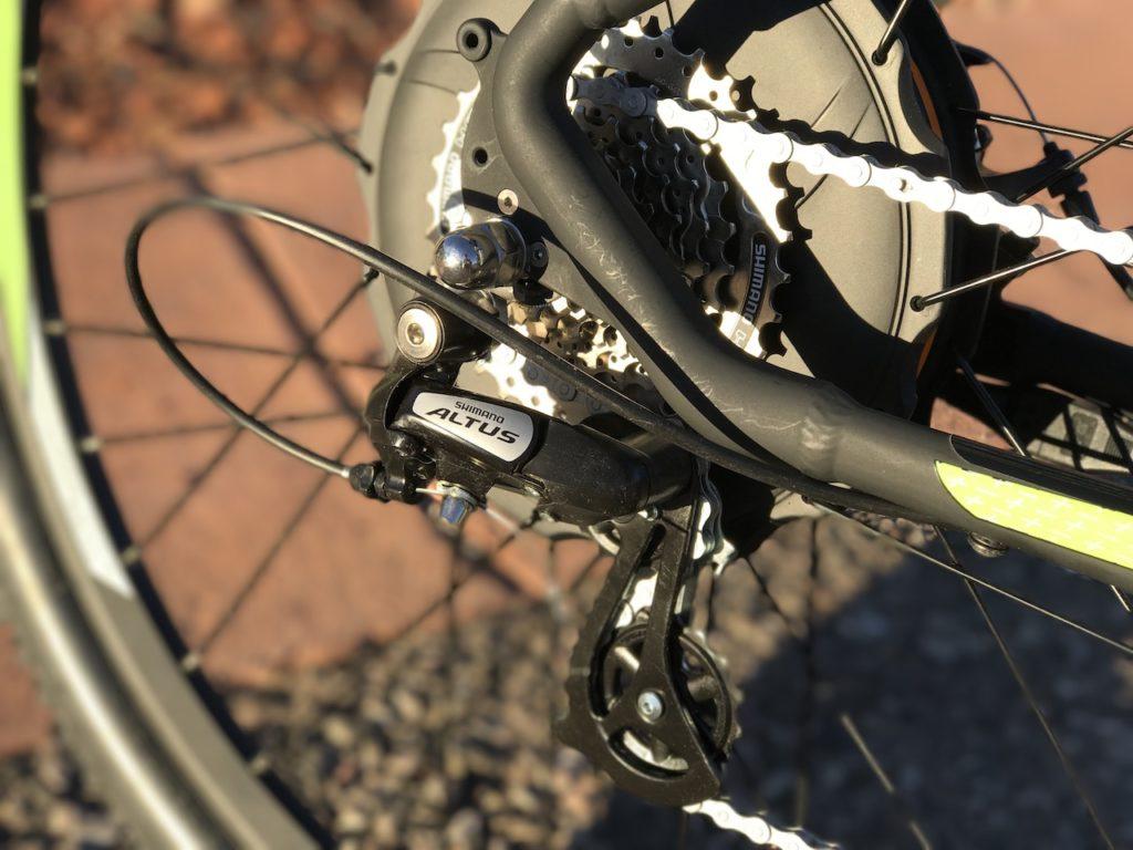 igo-m29r-electric-mountain-bike-rear-derailleur