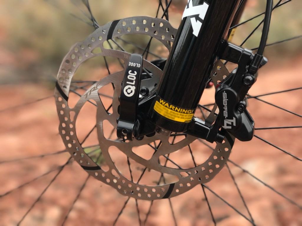 izip-e3-peak-electric-mountain-bike-front-disc-brake