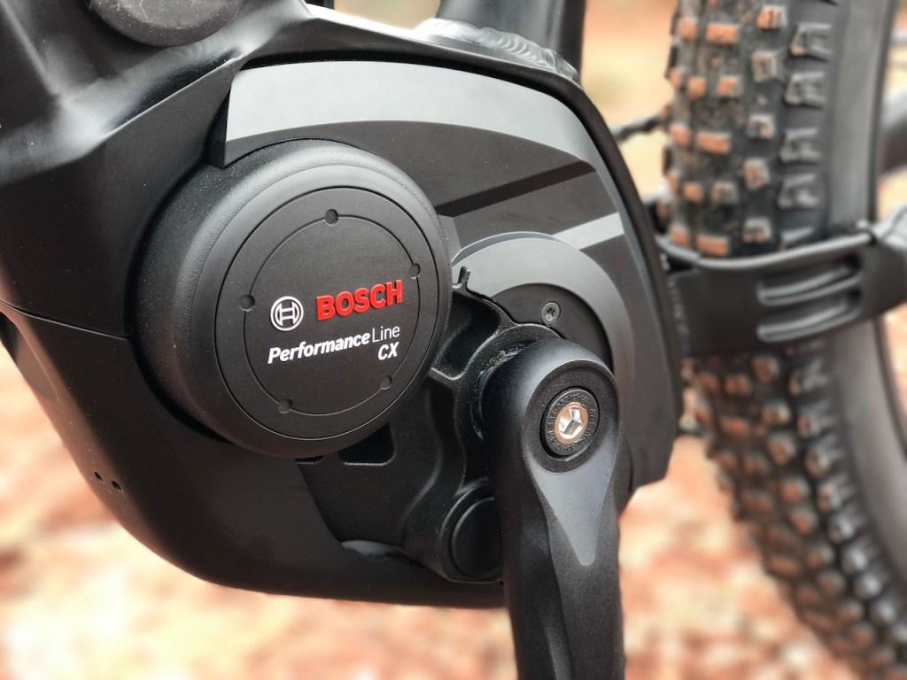izip-e3-peak-electric-mountain-bike-motor-left