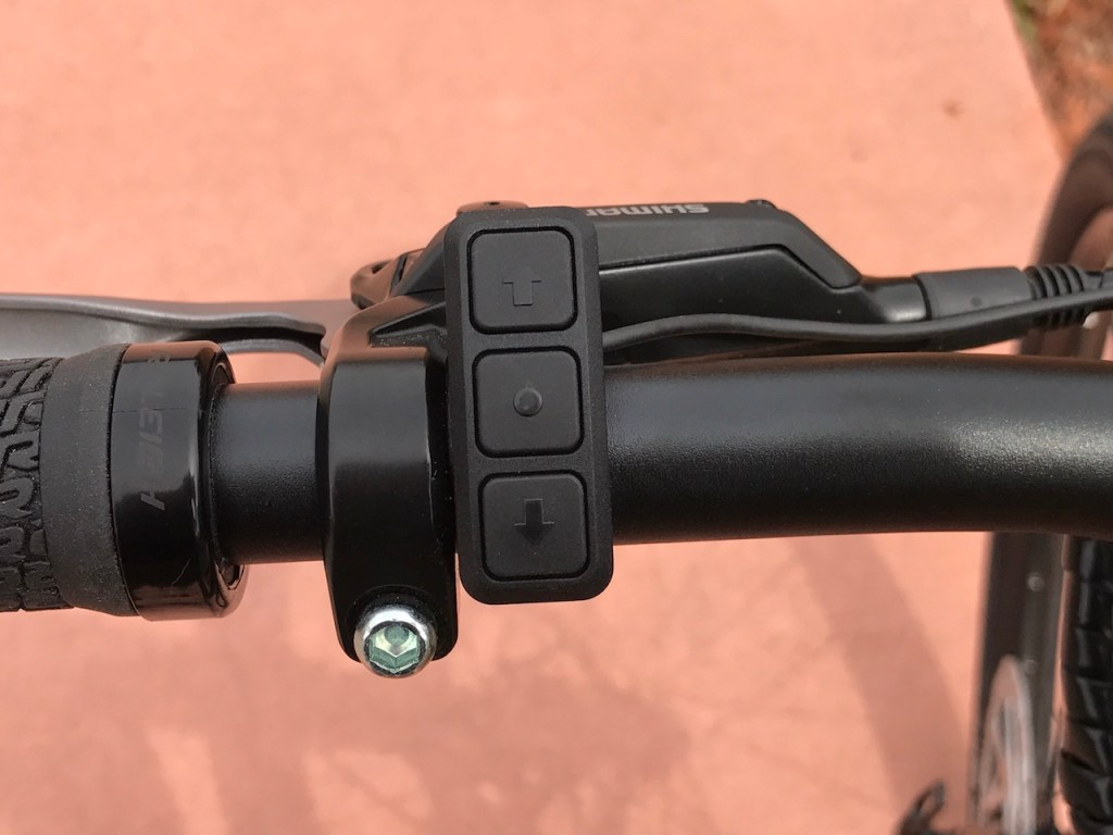 Raleigh Redux iE electric bike control pad 1