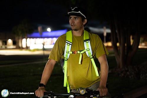 Riderbag-reflektor-front-view-min