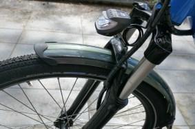 Nice tyres, nice light, horrid fork