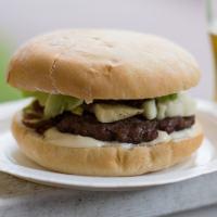Caramelized onion relish for hamburgers