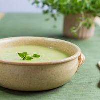 Green pea and ricotta soup