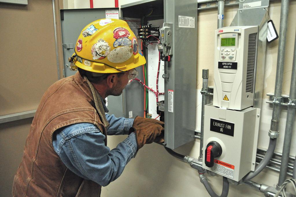 construction electrician