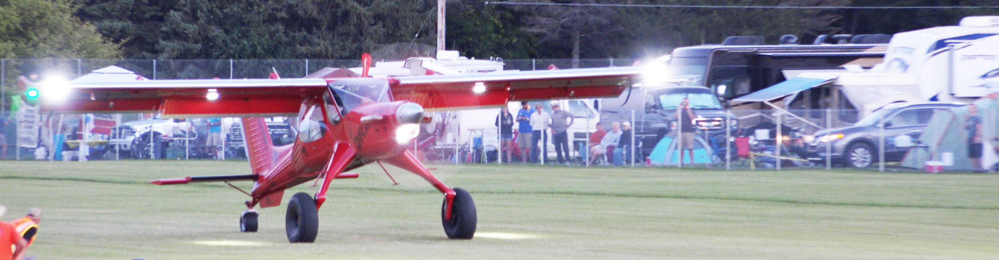 Hangar 7 Rainbow Aviation STOL Competition in 4K, AirVenture