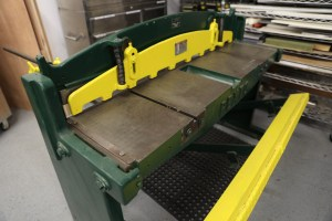 "52"" Sheet Metal Shear (For Sale)"