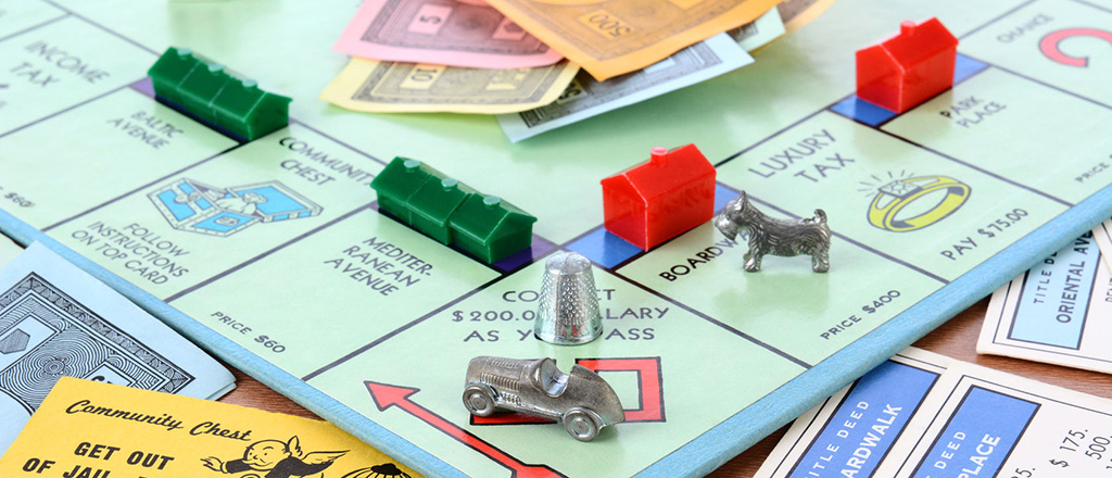 play board games at home on christmas