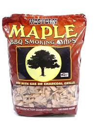 maple smoking wood chips