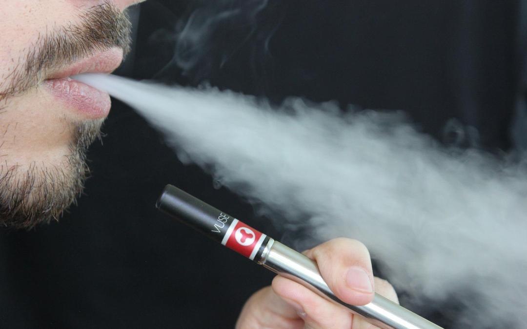 Demostrada la seguridad a largo plazo de Vapear frente a Fumar