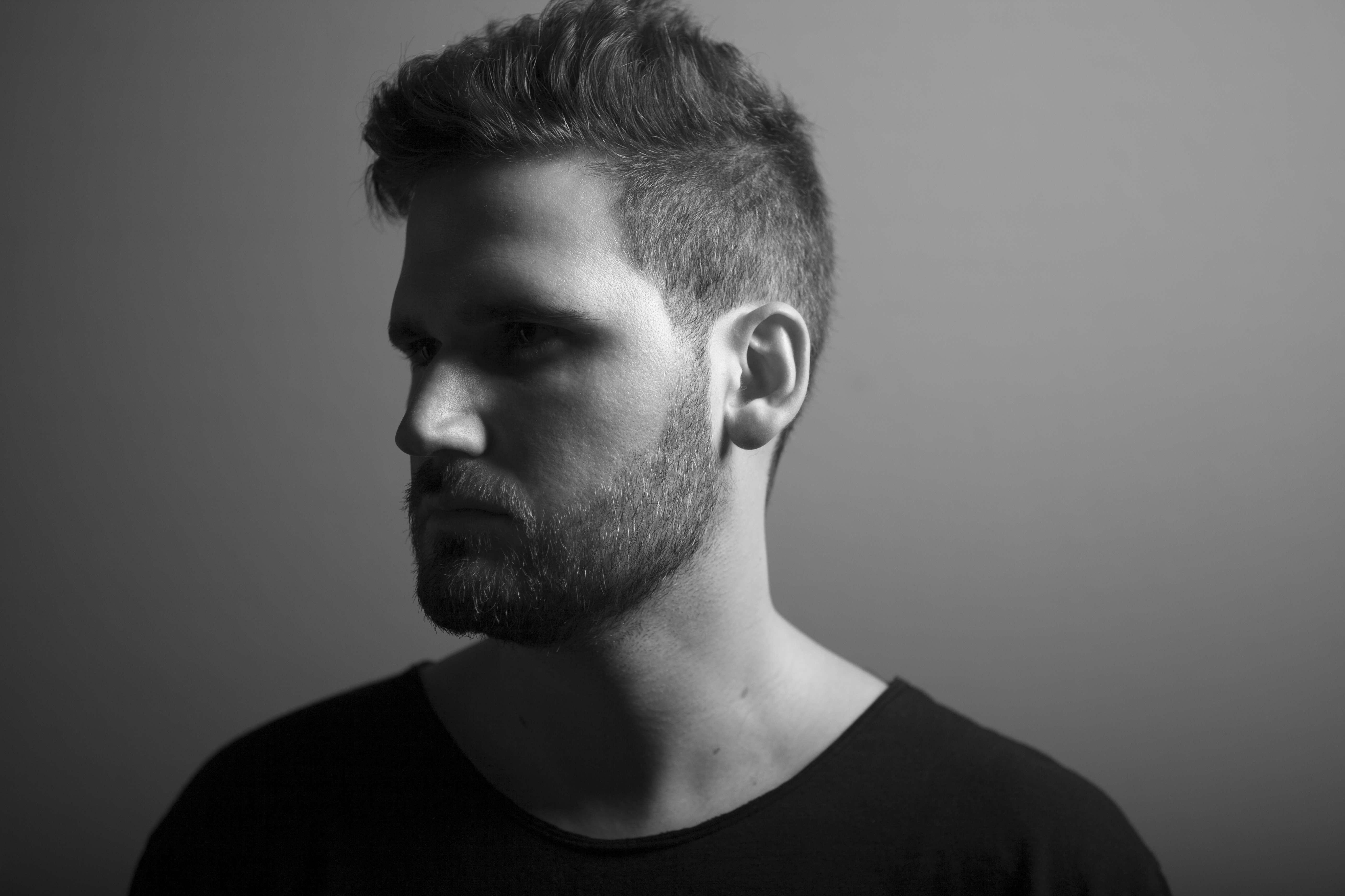 Edu Imbernon Remixes Tiga (Stream)