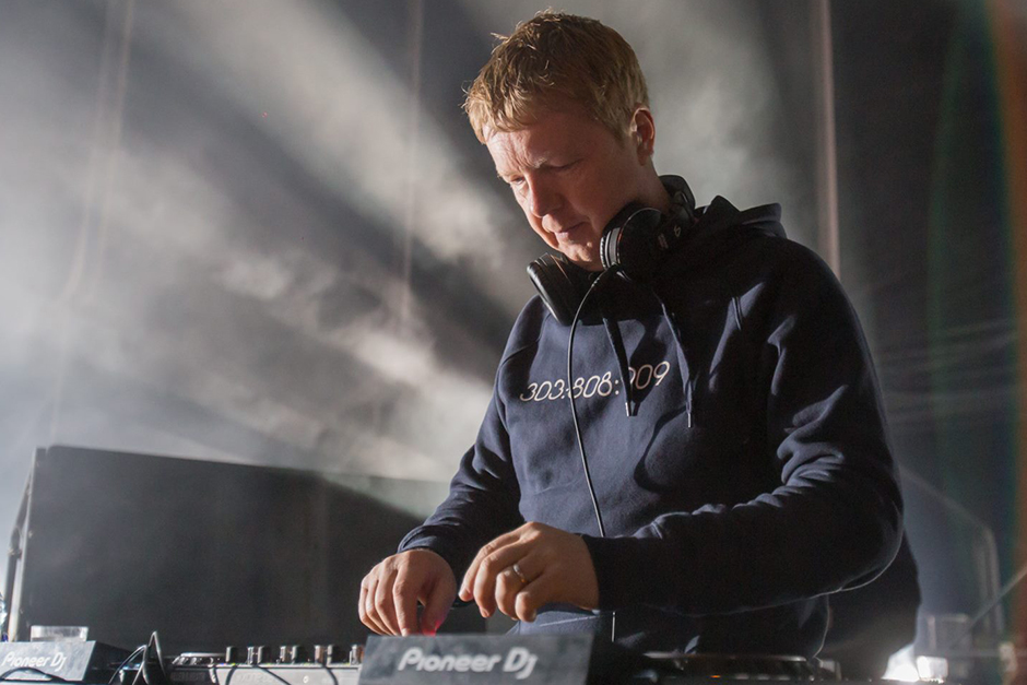 Digweed, Guy J And Mantzur Land In Mar De Plata