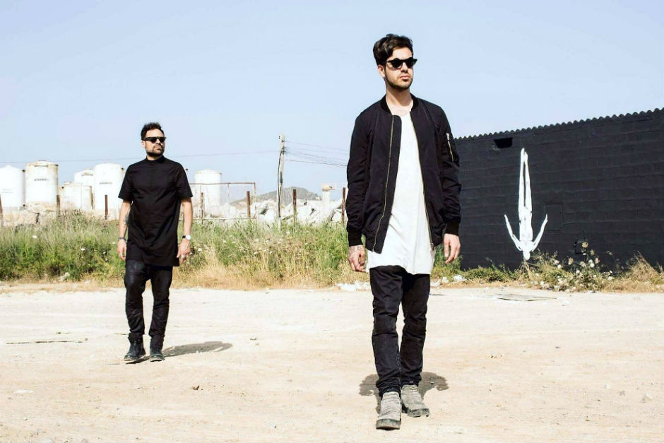 Listen To Tale Of Us Remix Of 'Cafe Del Mar'