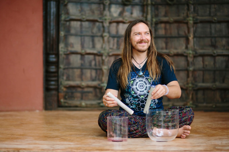 """Darren Austin Hall: """"My Sound Healing Journey Truly Began With My Love For Music Itself"""""""