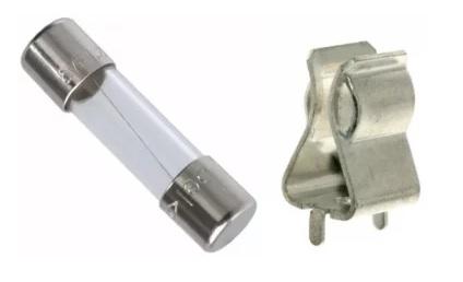 الفيوز الخرطوشيّ الفيوز القياسيّ القابل للاستبدال في الأجهزة الإلكترونيّة