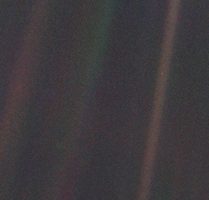 "NASA/""Pale Blue Dot"""
