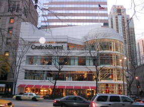 Crate__Barrel_at_646_N_Michigan_Ave_Chicago