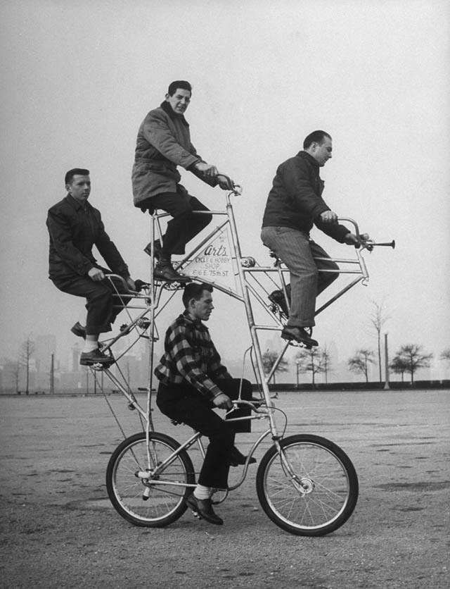 четырехместный велосипед