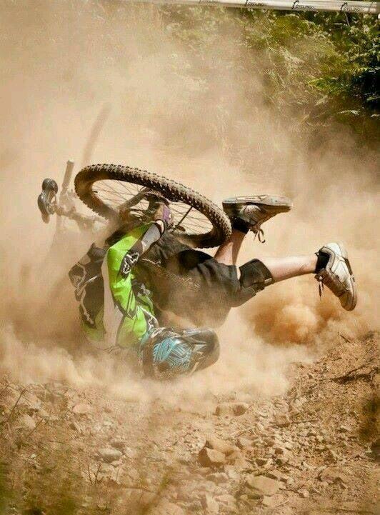 падение с горного велосипеда