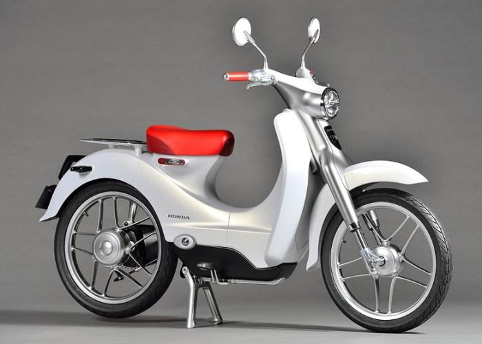 концепт электрического скутера EV-Cub