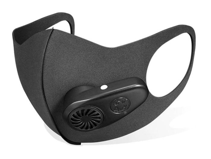Спортивная защитная маска с вентилятором.jpg