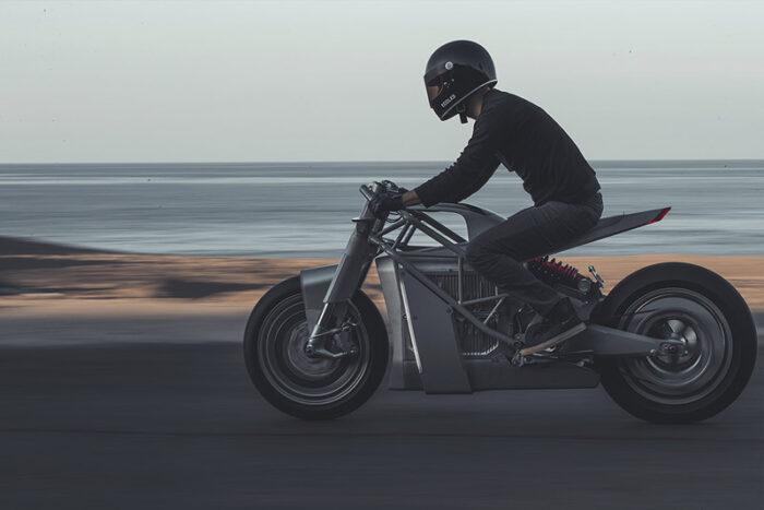 мотоциклист концепт байкеры электромотоцикл