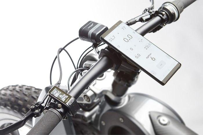 руль электрофэтбайка MotoParilla Carbon