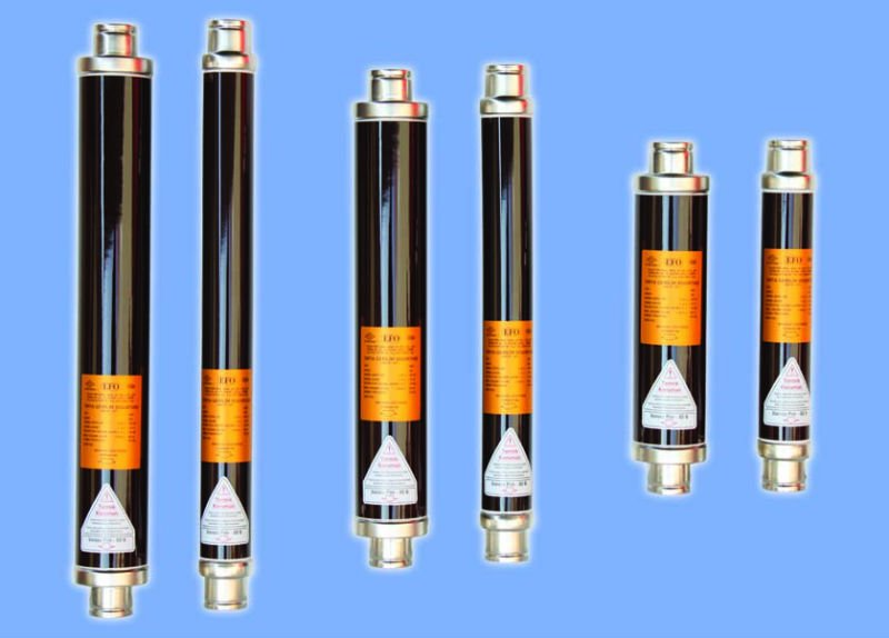 High voltage fuses -Expulsion fuses-Ship Fuses compared with ship circuit breakers