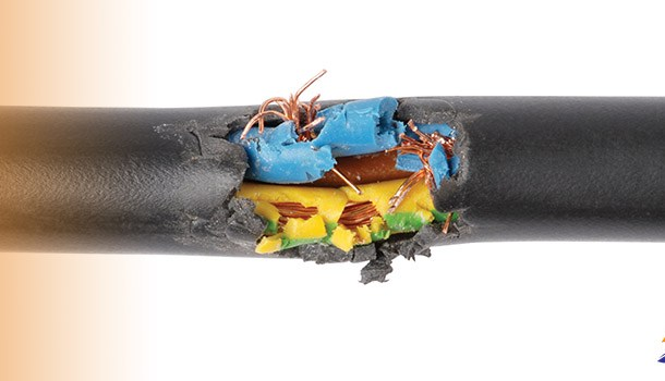 Fault and worn power cable on ship