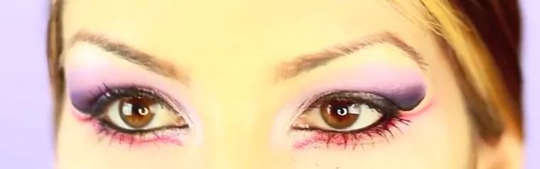eyes up close photo
