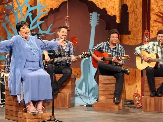 Inezita Barroso no programa 'Viola, Minha Viola, na TV Cultura. (Foto: José Patrício/Estadão Conteúdo)