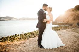 Bride and groom oceanside in Vallejo, CA