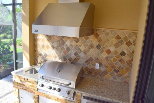 Custom Built Outdoor Kitchen built by Elegant Outdoor Kitchens of Fort Myers Florida