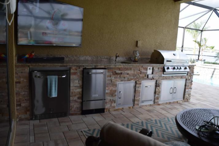 Trifecta Custom Outdoor Kitchen - Giallo Granite & Golden White Stacked Stone Finish