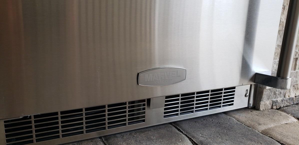 Marvel 24-Inch Outdoor Refrigerator - Elegant Outdoor Kitchens