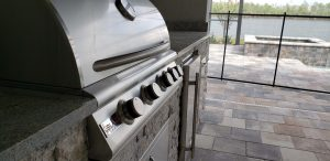 Close-up of Blaze Traditional Series 32 Inch 4-Burner Barbecue Grill