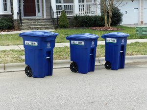 Best Outdoor Garbage Cans with Locking Lids and Wheels