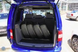 Der zweite Satz Reifen (Sommerreifen) ist leider nicht mehr brauchbar, da die Mindestprofiltiefe nicht gegeben ist.