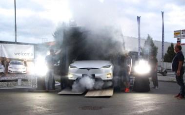 Hallo Graz! Hier ist das Model X von Tesla. Foto: Volker Adamietz / Elektroautor.com