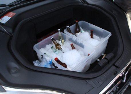 """Nicht der """"Frunk"""" vom Model X - sondern vom Model S - trotzdem sehr praktisch, oder? Foto: Volker Adamietz / Elektroautor.com"""
