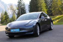 Tesla Model 3 Elektroautor_17