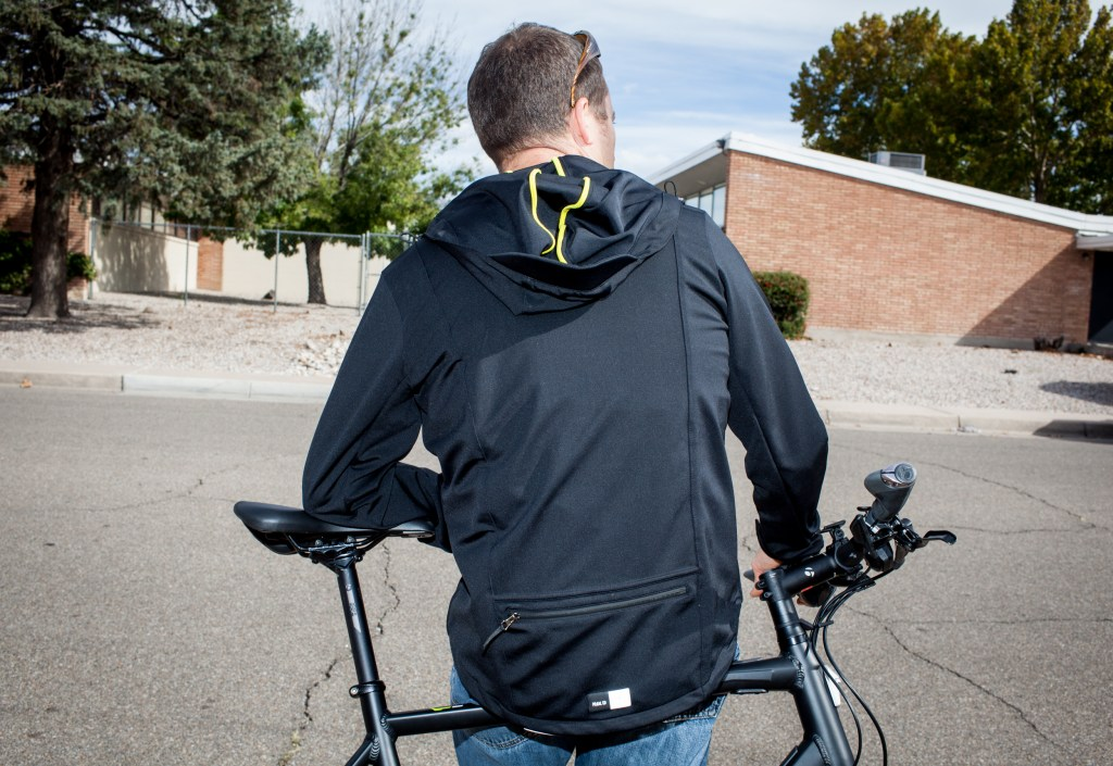 Pedaled jacket.