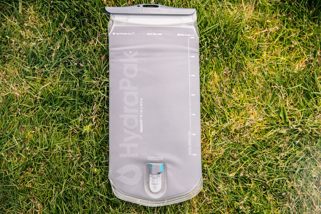 HydraPak Velocity IT 1.5 insulated hydration reservoir Sea Otter Classic