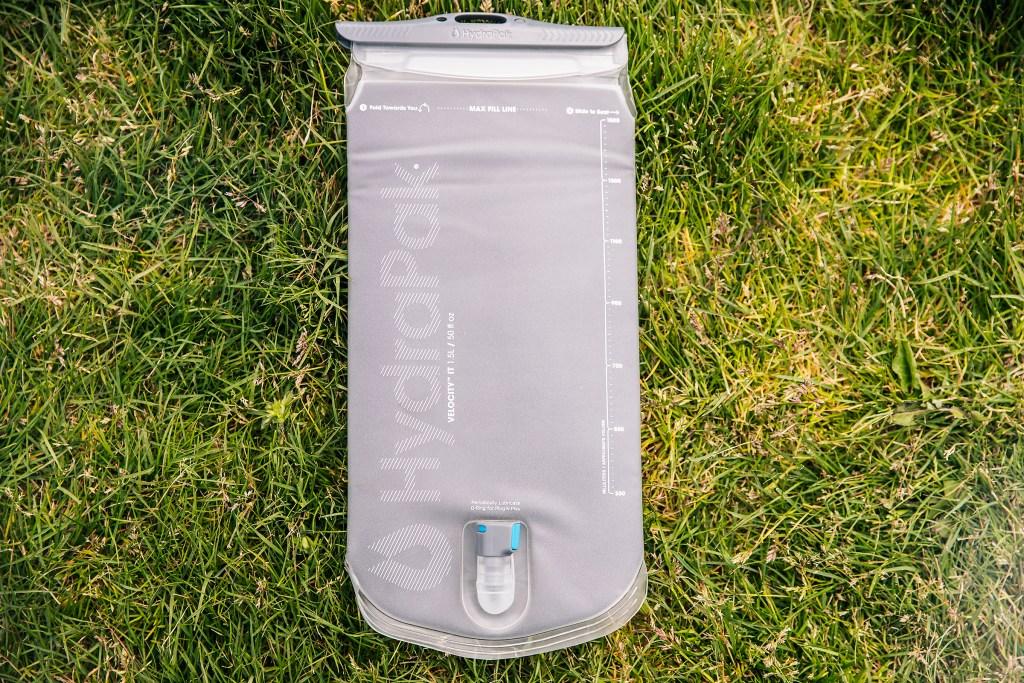HydraPak Velocity IT 1.5 insulated hydration reservoir Sea Otter Classic