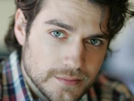 Henry Cavill (featured)