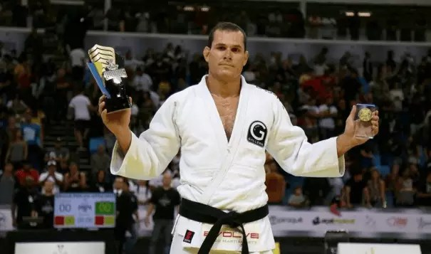 Uma lista de lutadores de Jiu-jitsu brasileiro que você precisa seguir (para melhorar o seu jogo) 5