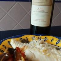 Rodaballo al horno sobre cama de verduras y vino albariño Tabla de Sumar
