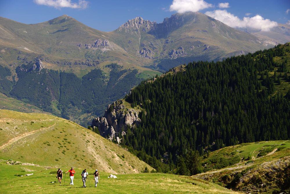 Хотел Славија – Најубав поглед кон Шар Планина