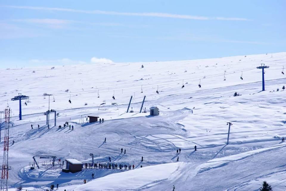 """Njoftim për zbritje të çmimeve të ski-biletave në Ski-Qendrën""""Kodra e Diellit"""""""
