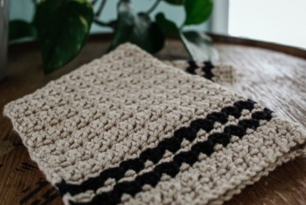 The Cobblestone Crochet Dishtowel 4